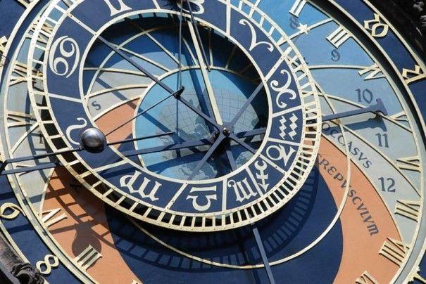 odd-clock-061