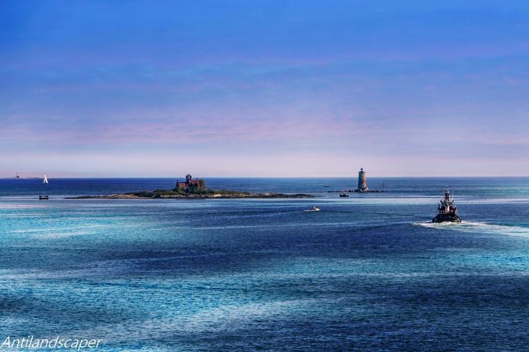 tug lighthouse_pe
